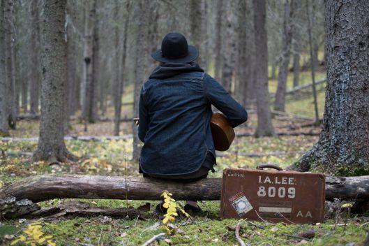 guitar & suitcase